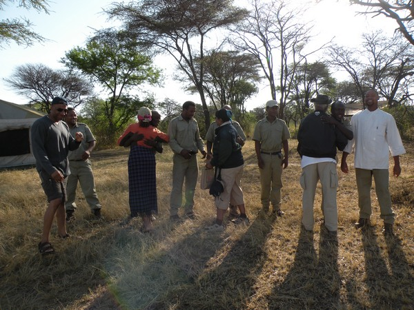 Farewells at CC Africa Under Canvas - Serengeti